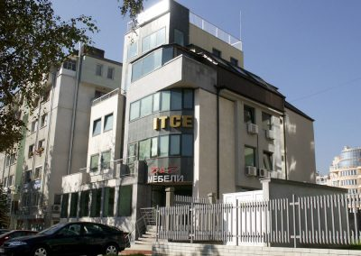"Сграда на бул. ""Черни връх"" №44"